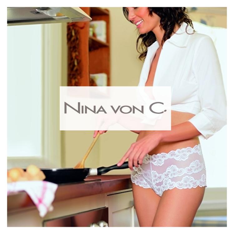 nina-von-c-taillenslips-hipsters-hemden
